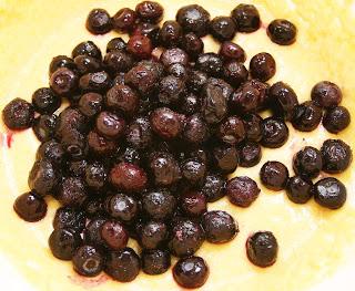blueberrypolentacupcakes2