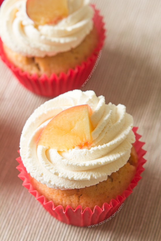 Peaches and Cream Cupcakes | Annie's Noms